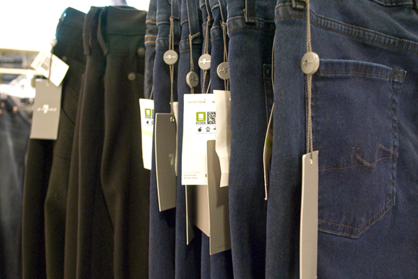 Ecode-labels-on-jeans-tags